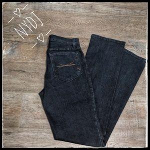 NWOT  ~ NYDJ Dark Blue Jeans